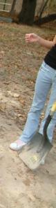 shovel, digging hole